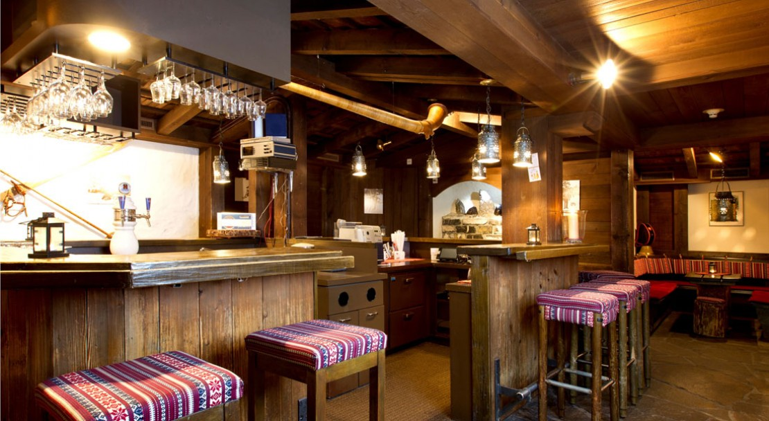 Bar at Hotel Silberhorn - Wengen - Switzerland