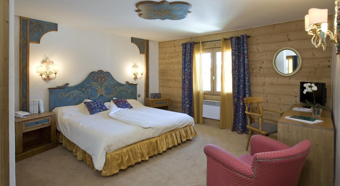 Triple room, Hotel Les Peupliers, Courchevel 1300