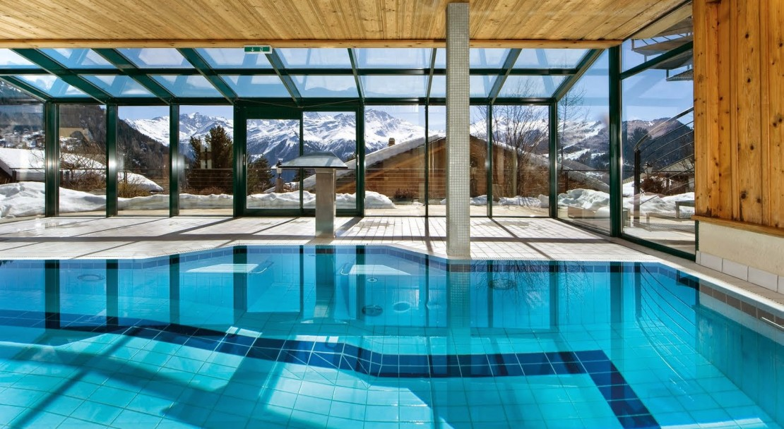 Swimming Pool in Hotel Montpelier Verbier