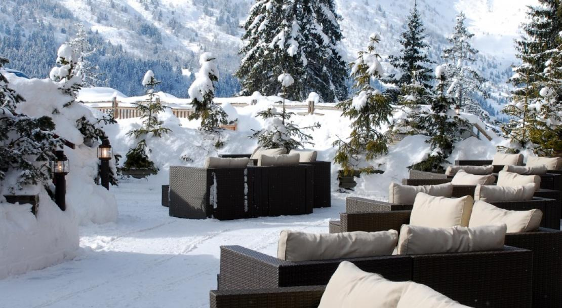 Le Grand Chalet des Pistes Meribel Sun Lounge