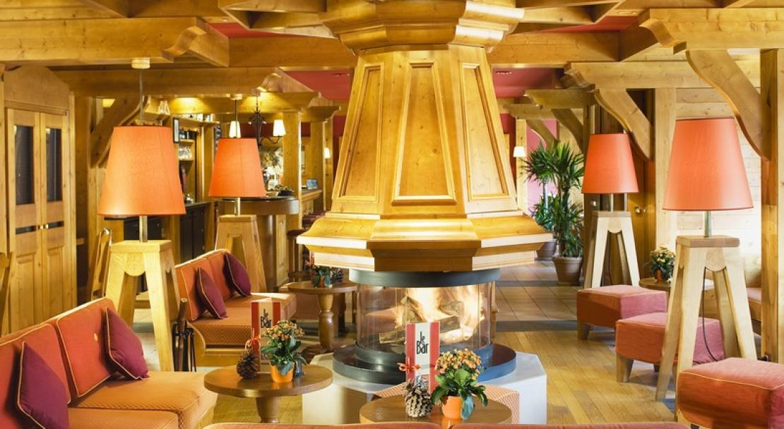 Le Grand Chalet des Pistes, Meribel - Lounge area