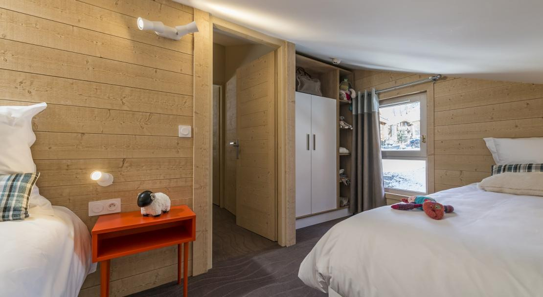 Twin room in Chalets du Jardin Alpin Val d'Isere