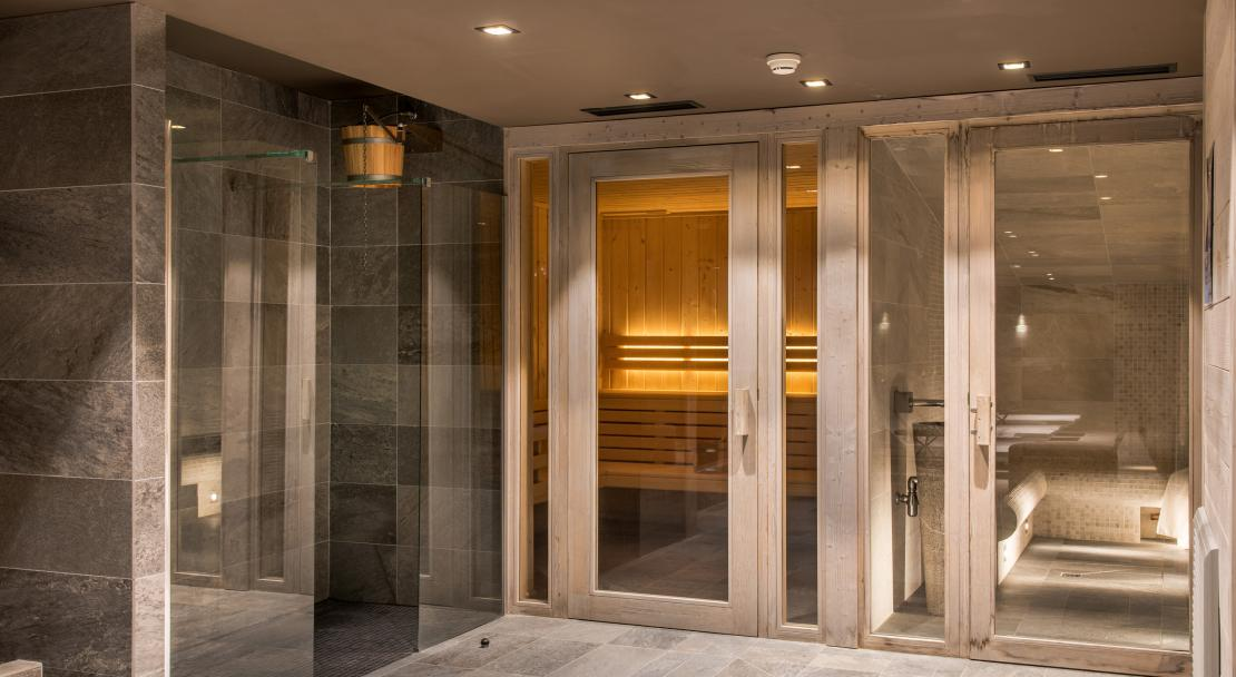 Steam room at Chalet Skadi; Copyright: Laurie Verdier