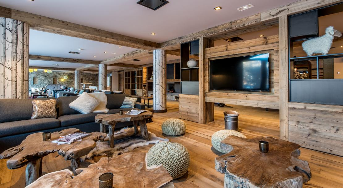 Lobby at Chalet Skadi; Copyright: Laurie Verdier