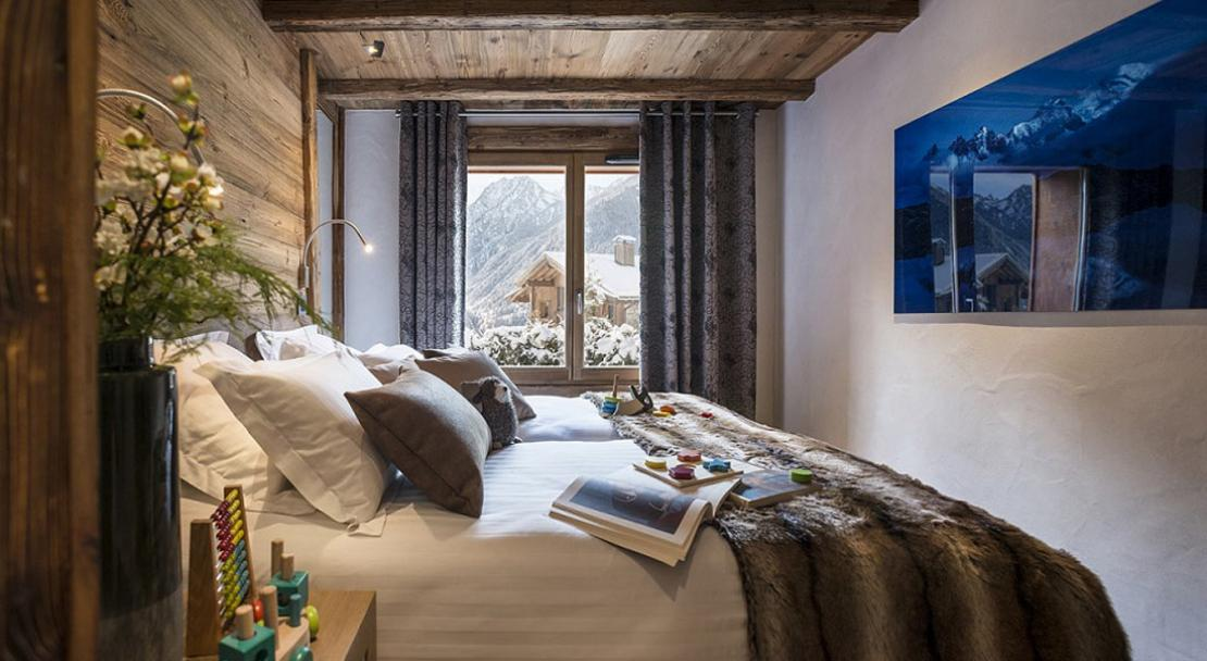Example bedroom in Le Cristal de Jade Chamonix