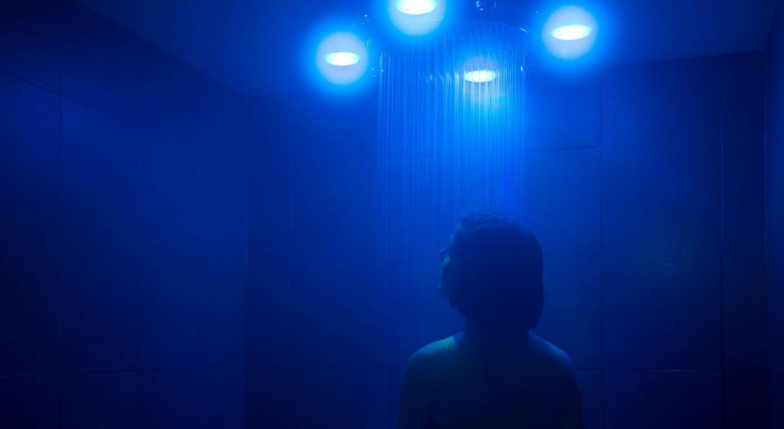 Experience sensual shower LEDs waterfall Hotel Araucaria La Plagne