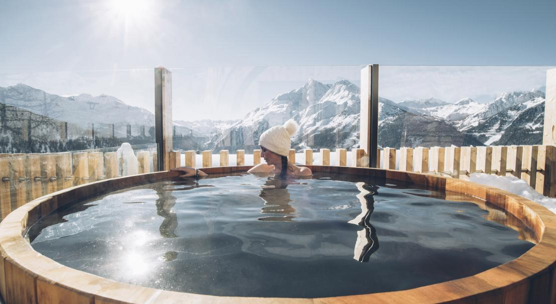 Hotel Alparena outdoor hot tub