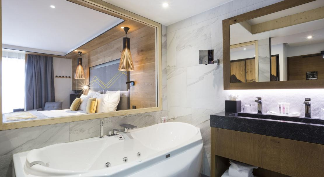 Excellence Room bathroom; Copyright: Les Balcons