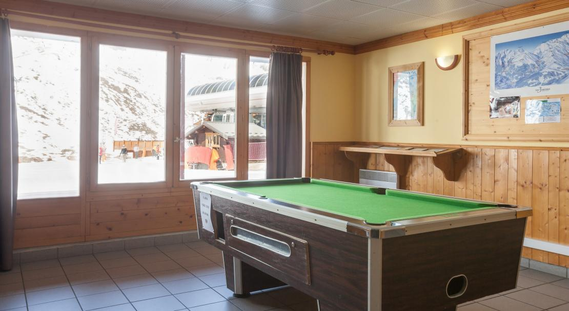 Pool Table Les Valmonts Les Menuires