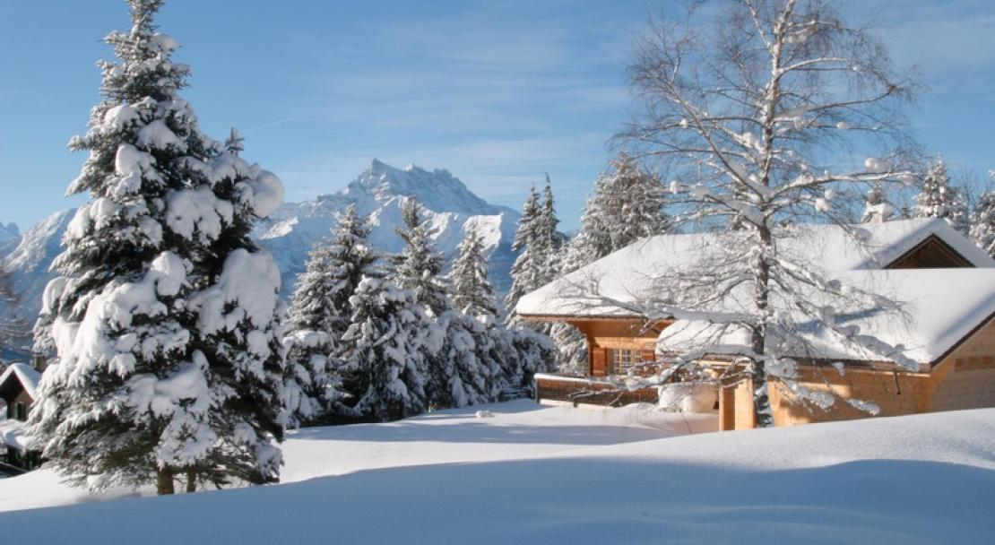 Snowy accommodation in Villars