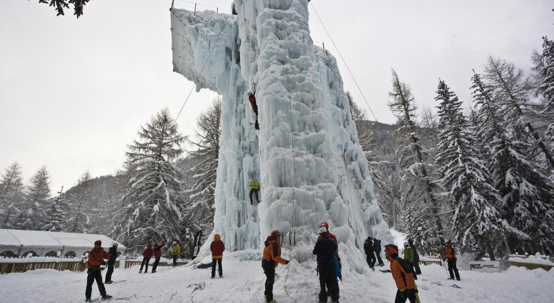 The Ice Tower in Champagny-en-Vanoise, France; Copyright: Tourist Office in Champagny-en-Vanoise