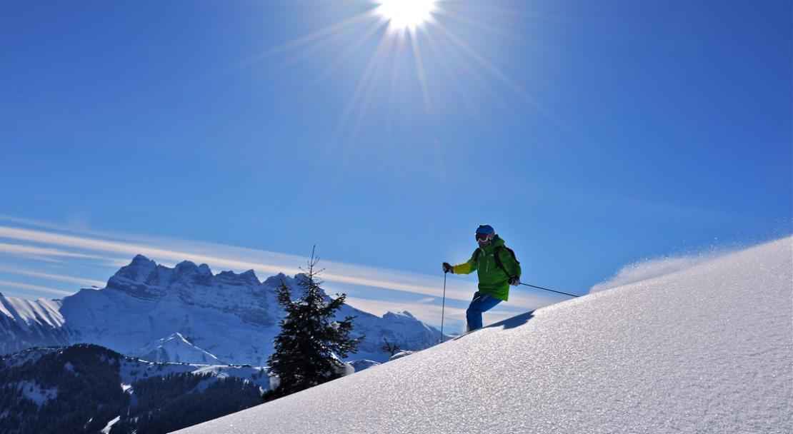Off-piste skiing in Chatel; Copyright: JF Vuarand