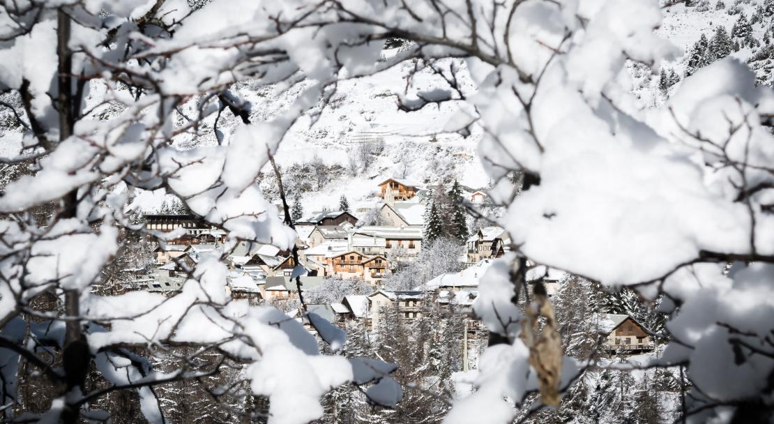 Vars Village; Copyright: Remi Morel