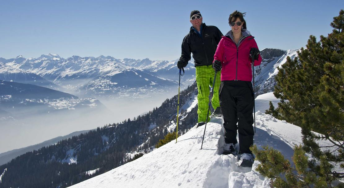 Snowshoeing in Crans Montana; Copyright: Olivier Marie