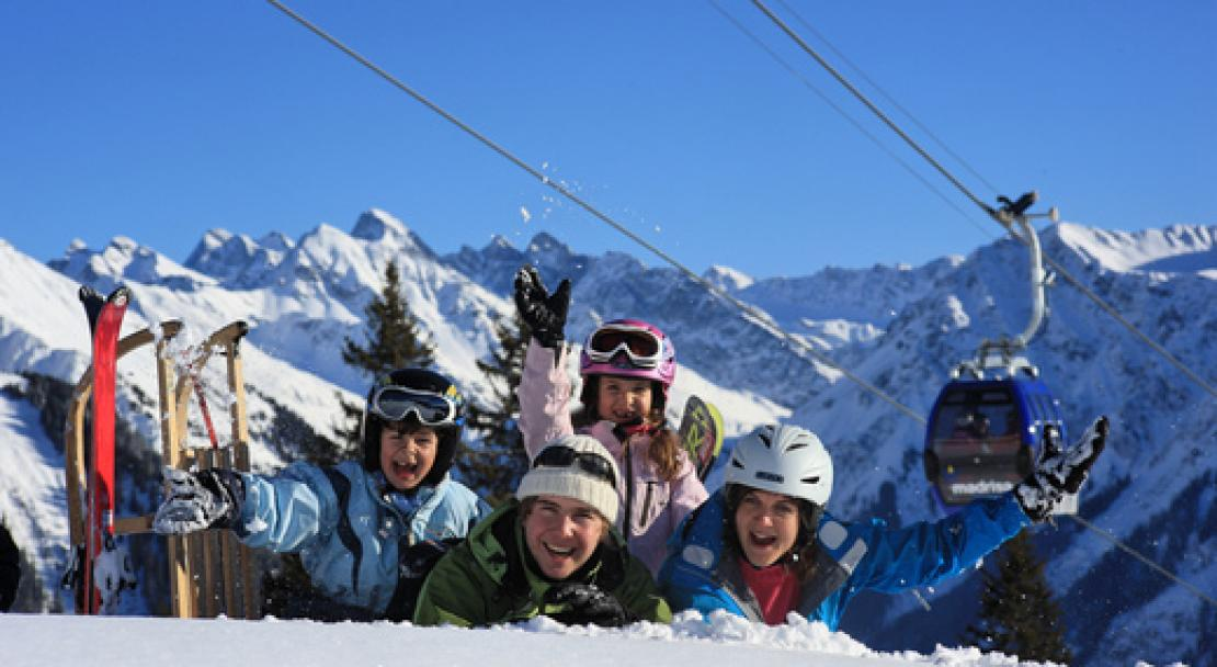 Family-fun in Davos, Switzerland; Copyright: Christof Sonderegger