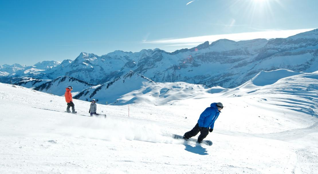 Snowboarding in Les Diablerets