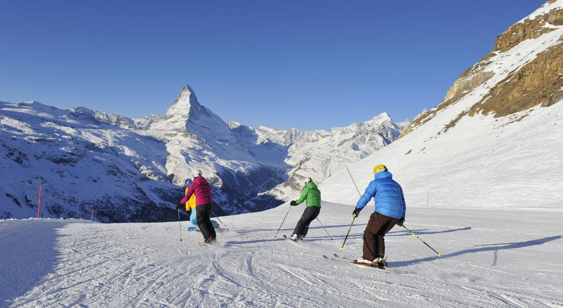 Skiing in Zermatt; Copyright: Michael Portman