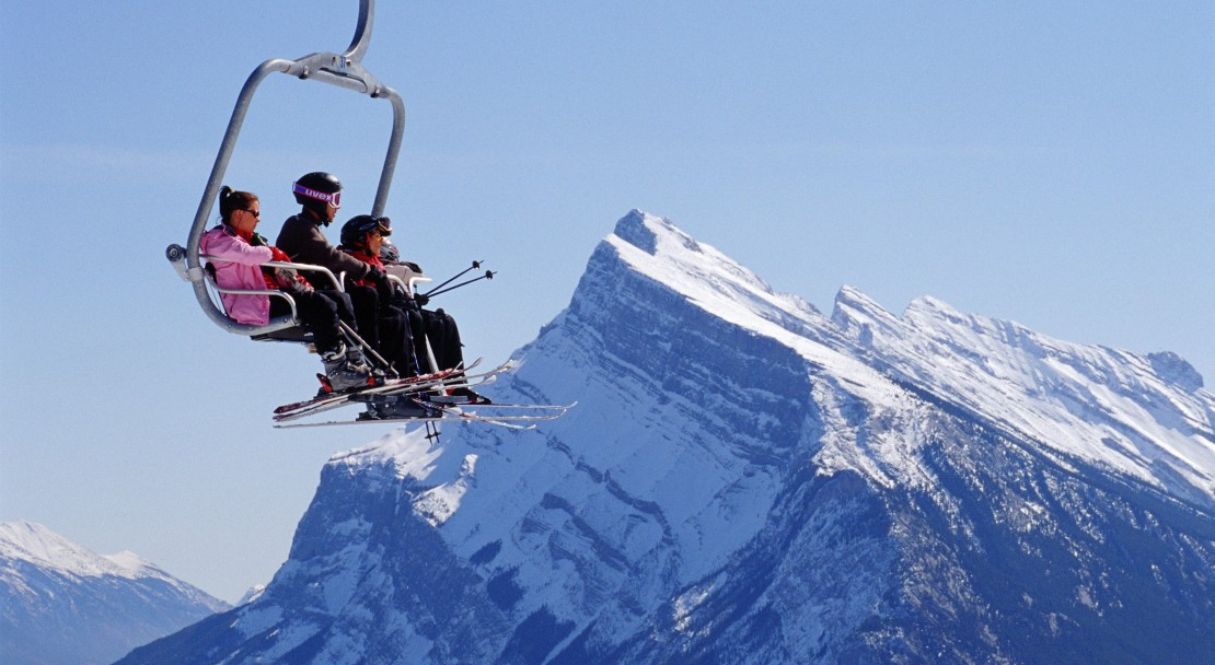Heading up the piste to Norquay; Copyright: Banff Tourist Office