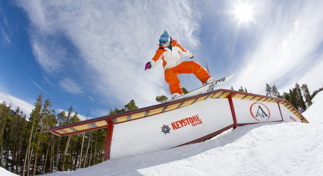 Skiing in Keystone; Copyright: Cahd Schmidt