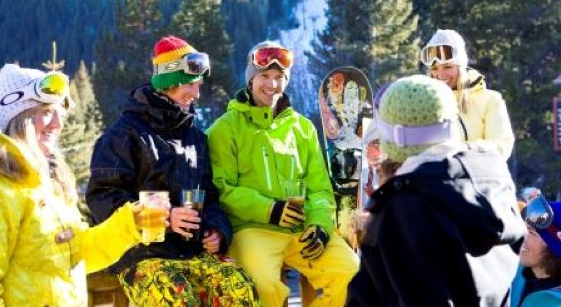 All enjoying the Apres in Keystone; Copyright: Jack Affleck