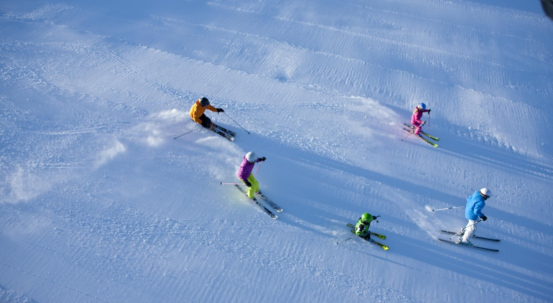 Skiiers in Vail; Copyright: Jack Affleck