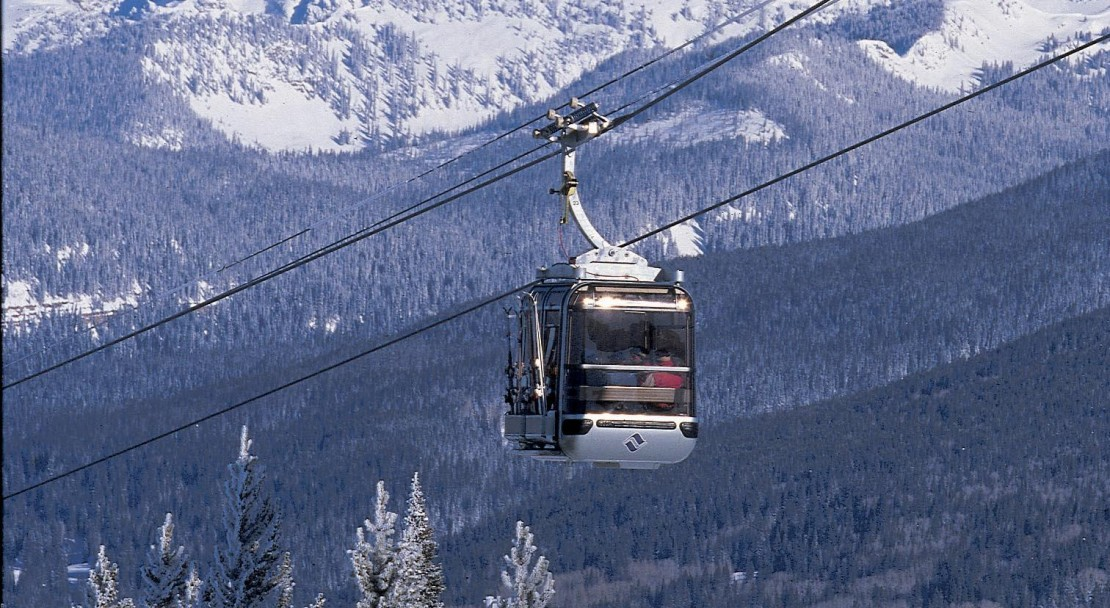 Catch the lift back down into Vail; Copyright: Jack Affleck