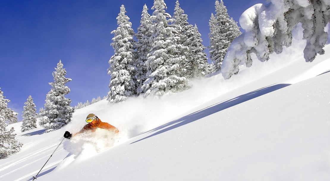 Skiing in Vail; Copyright: Jack Affleck