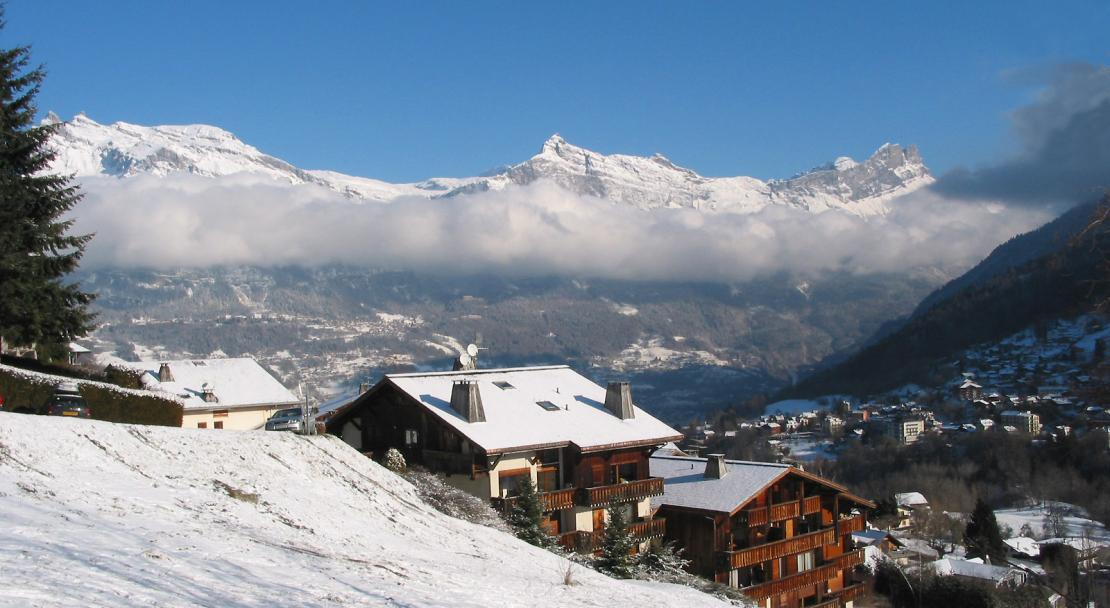 Looking down over Saint Gervais; Copyright: Jean-Pol GRANDMONT