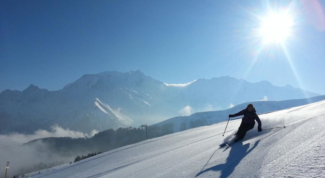 bluebird day skiing in St Gervais