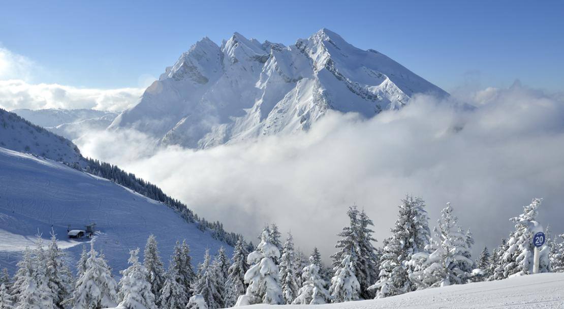Sea of clouds in La Clusaz; Copyright: David Machet