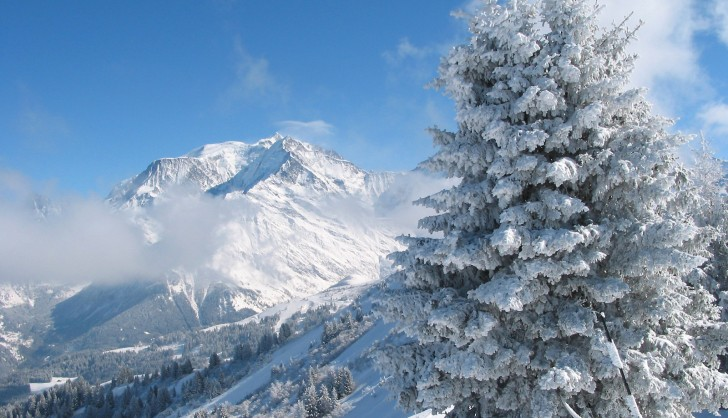 Saint Gervais in fresh powder