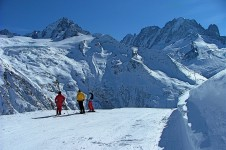 Vallorcine offers some great powder for those who want to try with a guide