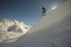 Vallorcine is a good place to try some off-piste with a guide; Copyright: Vallorcine ESF
