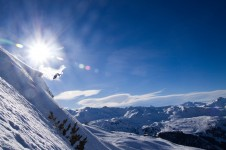 Enjoy some off piste freedom riding in La Tania