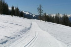 Take a glide on a cross country ski loop in Les Arcs