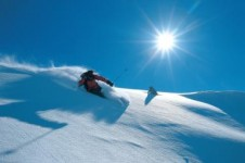 Float through beautiful light powder on the Valloire slopes after a snow fall