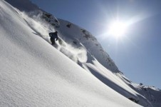 Enjoy a sun kissed powder day in Vaujany