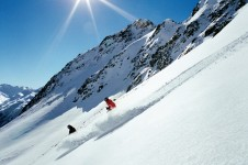 Davos is perfect for off piste enthusiasts with large vertical descents on untouched slopes