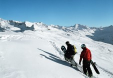 As well as snowparks and challenging piste, Davos offers keen riders fantastic off piste terrain
