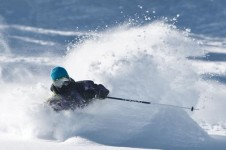 Chest deep powder at Mammoth, averaging around 9m of snow a year