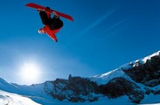 The freestyle scene is popular in Saas-Fee with its all year round snowparks
