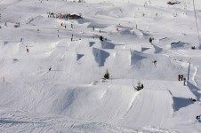 In Le Grand Bornand the terrain park is excellent  for skiers and snowboarders of all abilities.