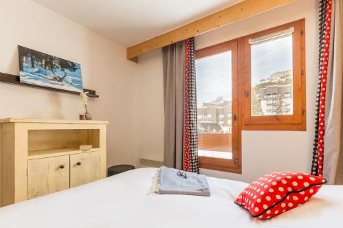 Double bed apartment - Résidence Aconit – Les Menuires; Copyright: Imagera
