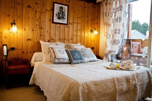 Hotel Les Ancolies - Courchevel - Bedroom (1)