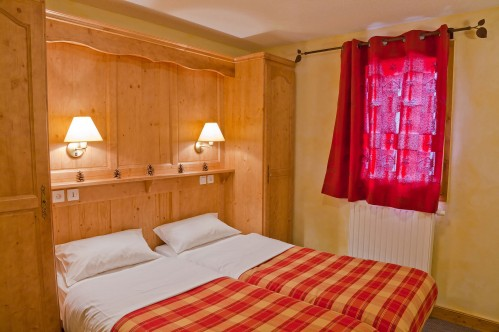 Les Balcons de la Rosiere - bedroom