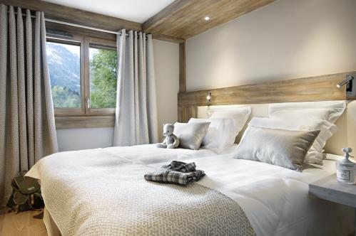 Double bedroom MGM Les Chalets Elena Les Houches