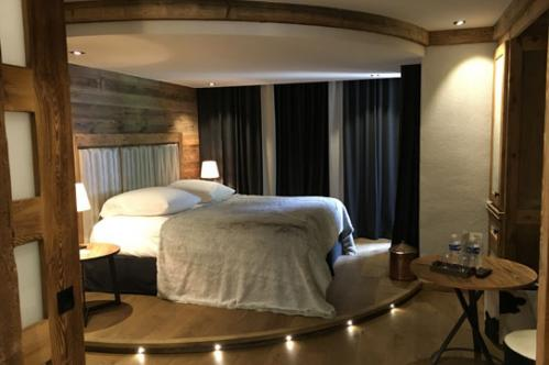 deluxe room hotel les peupliers courchevel
