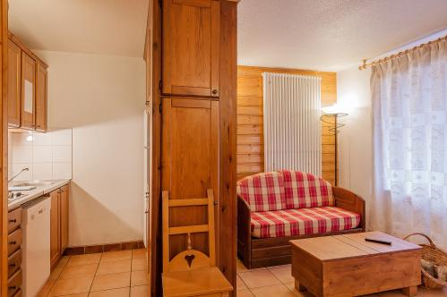 Val Chaviere 2 bedroom cabin apartment; Copyright: Les Balcons