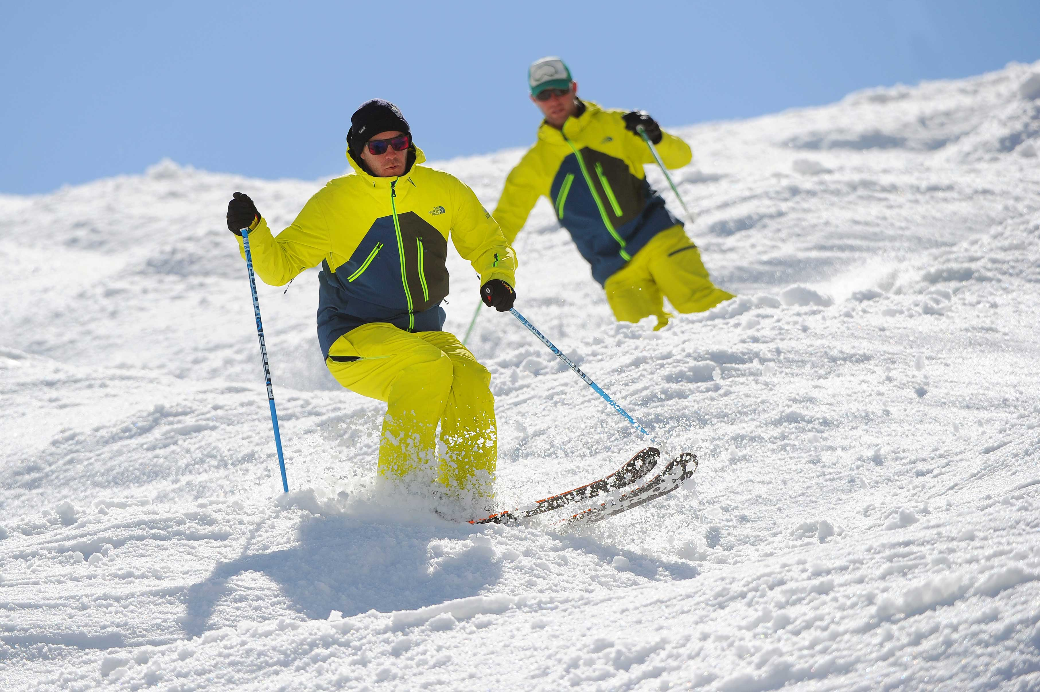 New Generation Ski and Snowboard School - Adults' Lessons