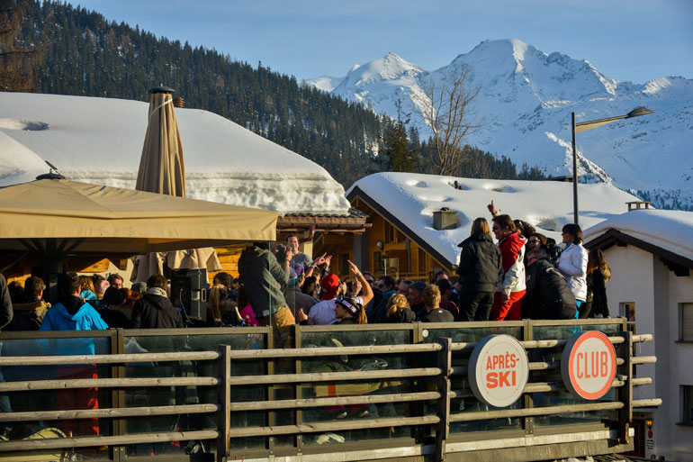 Apres ski at Le Rouge, Verbier
